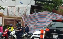 TP HCM: Xe máy dựng trước cửa hàng bất ngờ phát nổ