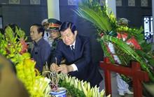 Nguyên Chủ tịch nước Trương Tấn Sang tiễn biệt GS Phan Huy Lê