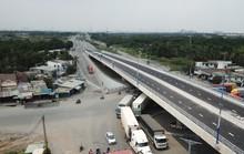 Cầu vượt tại nút giao Mỹ Thủy chính thức thông xe