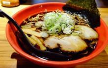 Món mì ramen đen hơn 70 năm ở Nhật Bản