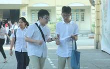 Tuyển sinh lớp 10 tại Hà Nội: Đề thi thiếu đột phá, lọt đề sớm