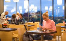 Ăn một mình thật sự có hại?