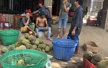 """Thực hư về """"sầu riêng ăn trả hạt giá 15.000 đồng/kg"""