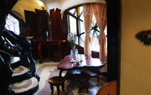 'Ngôi nhà ma quái' ở Đà Lạt hút khách gần 30 năm