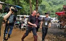 """Tỉ phú Mỹ gọi thợ lặn cứu đội bóng Thái Lan là """"kẻ ấu dâm"""""""