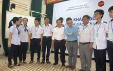 GS Ngô Bảo Châu mở hộp đen đam mê toán học