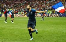 Thần may mắn chia tay tuyển Pháp