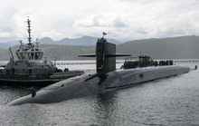 Tàu ngầm vào cuộc đua