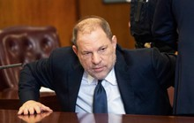 Ông trùm Hollywood tiếp tục bị truy tố tội tấn công tình dục