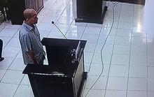 Hình ảnh đầu tiên từ phiên tòa xét xử Út trọc