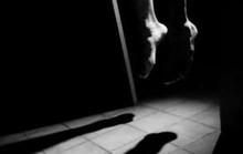 Nữ giáo viên tiểu học chết trong tư thế treo cổ ở chuồng gà