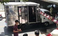 Bó tay với chiếc xe tải liều mạng trên đường Hoàng Sa