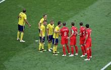 Bí quyết luyện phạt góc của tuyển Anh