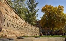 Trường ĐH bị chỉ trích kịch liệt chỉ vì slogan mới