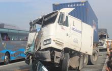 3 ô tô tông nhau trên cao tốc TP HCM-Long Thành-Dầu Giây