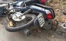 Va chạm, người phụ nữ đi xe máy bị xe tải cán chết tại chỗ