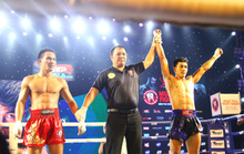 Nguyễn Trần Duy Nhất thắng võ sĩ Thái Lan