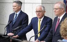 Ba bộ trưởng đột ngột quay lưng, thủ tướng Úc bên bờ vực