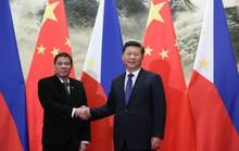 Tổng thống Philippines cảnh báo dao rựa với Trung Quốc