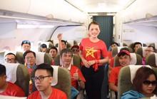 CĐV nhuộm đỏ các chuyến bay sang Jakarta tiếp lửa cho Olympic Việt Nam