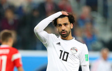 """Salah điên tiết vì bị CĐV Ai Cập """"khủng bố"""" giữa đêm"""
