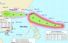 """Siêu bão Mangkhut """"đuổi theo"""" bão số 5 vào biển Đông"""