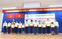 Trao 191 suất học bổng Nguyễn Đức Cảnh cho học sinh