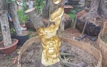 Độc đáo nghệ nhân khắc tượng lên cây đang sinh trưởng