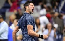 Djokovic đòi nợ giúp Federer, lần 11 vào bán kết US Open