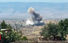 """Máy bay Nga và Syria """"ném bom Idlib tới tấp"""""""