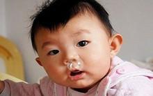 Có nên rửa mũi hằng ngày cho trẻ?