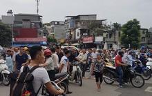Hà Nội: Người dân nhà cao tầng chạy xuống đường vì động đất