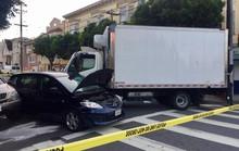 Mỹ: Xe tải lao vào người đi bộ gây hàng loạt thương vong