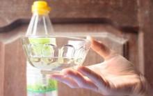 Ăn phải giấm pha từ axit với nước lã có thể chết người