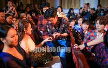 Trường Giang lên Facebook xin lỗi vụ cầu hôn tại Lễ trao Giải Mai Vàng