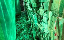 Khánh Hòa quyết dỡ bức tường sai phép