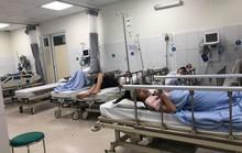 20 người nhập viện sau khi ăn tiệc Tất niên tại nhà hàng