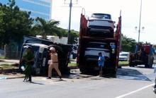 Xe container húc xe tưới cây, 2 công nhân cây xanh bị thương