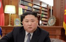 Rộ tin ông Kim Jong-un tặng mỹ phẩm Hàn Quốc cho cấp dưới