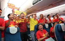 Clip: CĐV Việt Nam bay xuyên đêm tiếp lửa thầy trò Park Hang-seo