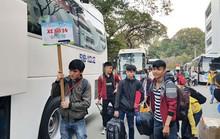 1.300 sinh viên về Tết trên các chuyến xe miễn phí của PVOIL