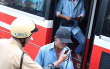 Chặn kịp 1 tài xế xe khách liều mạng ở Bến Xe Miền Đông
