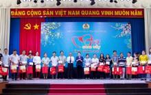 Chủ tịch Quốc hội dự Tết sum vầy với công nhân Bình Dương