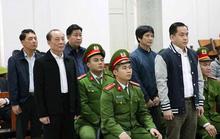 2 cựu thứ trưởng Trần Việt Tân, Bùi Văn Thành bị đề nghị từ 30 tháng đến 42 tháng tù