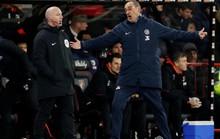 HLV Sarri bất lực với học trò sau trận thua tan tác