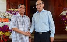 Bí thư Thành ủy TP HCM thăm, chúc Tết các đơn vị