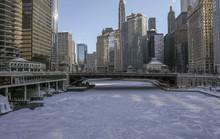 Xoáy cực ở Mỹ: Chicago lo sợ băng chấn