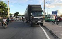 Thai phụ tử vong thương tâm dưới gầm xe tải ở ngã tư Bình Phước