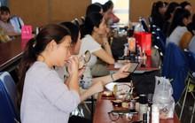 CNVC-LĐ nữ học kỹ năng làm đẹp