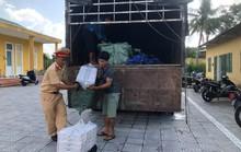 CSGT bắt giữ thuốc lá lậu cực lớn tại Thừa Thiên - Huế